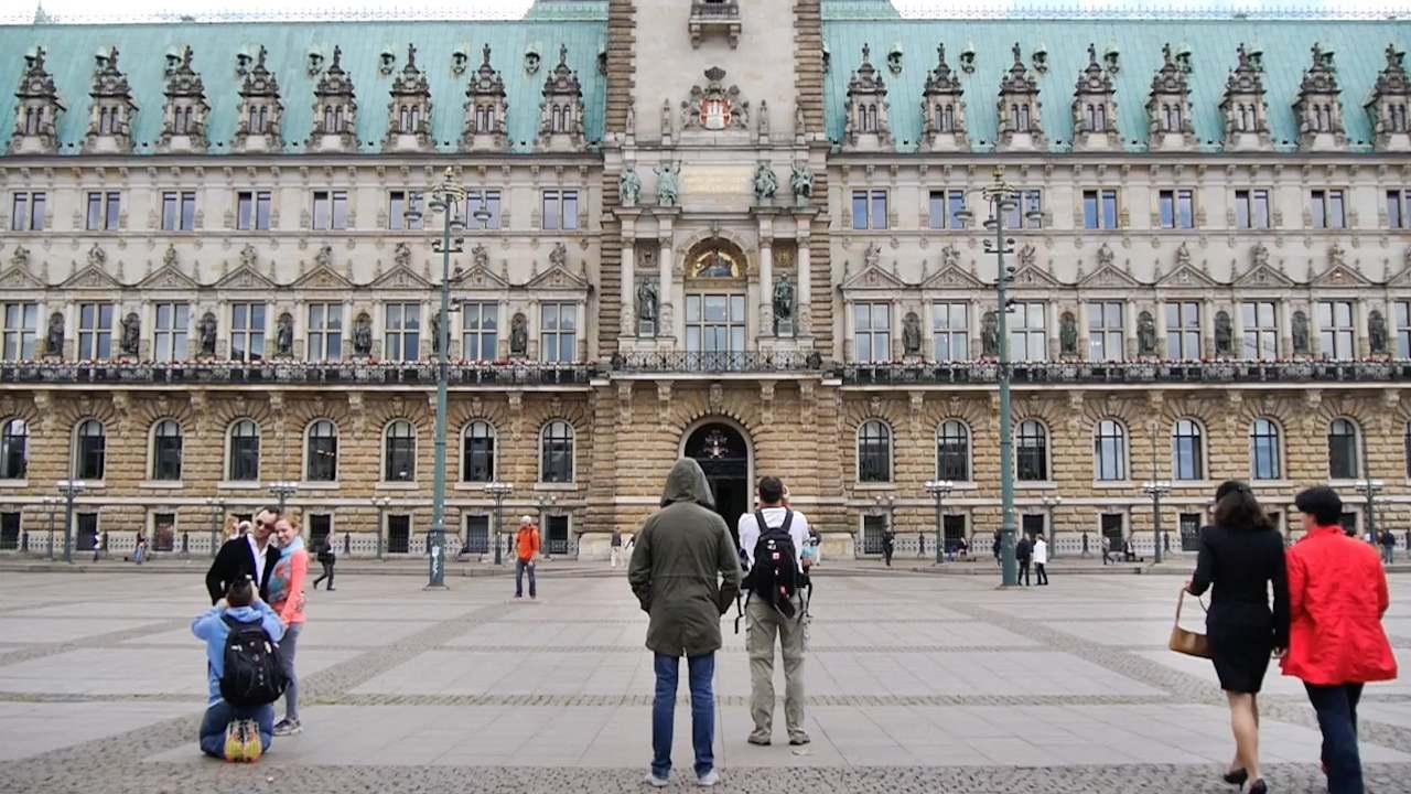 Video: Zeitraffer: Illegale in Hamburg